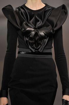 Fashion as Art - dramatic, sculpted dress detail with immaculate 3D structure and symmetry // Stéphane Rolland