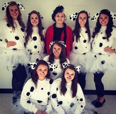 DIY 101 Dalmatians for spirit week or Halloween costume #spiritweek #costume  sc 1 st  Pinterest & DIY Dalmatian Costumes!!! All you need is a white shirt tutu black ...