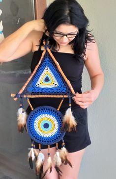 Crochet Mandala Pattern, Crochet Doilies, Crochet Flowers, Crochet Stitches, Crochet Patterns, Dream Catcher Patterns, Dream Catcher Decor, Crochet Dreamcatcher, Yarn Wall Art