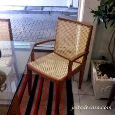 cadeira palhinha com braço