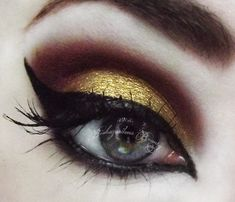Strong black, brown and gold smokey eye  #eyes #eye #makeup #smokey #bright #dramatic
