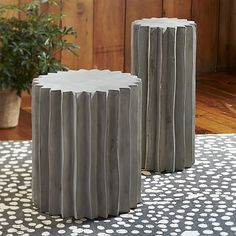"""Tiger 20"""" Pedestal  