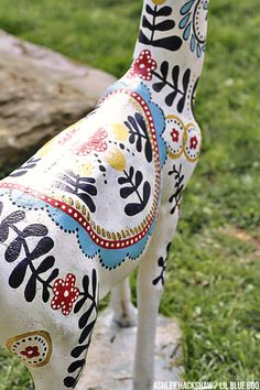 Painted Concrete Deer - Upcycling Concrete Garden Decor - Scandinavian design similar to a Swedish Dala horse but as a Dala Deer using Deco Art Paint