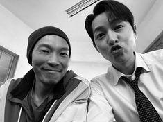 New Netflix Movies, Netflix Dramas, Best Dark Comedies, Dibujos Tumblr A Color, Song Joon Ki, Ahn Jae Hyun, Kissing Scenes, New Actors, Kim Taehyung Funny