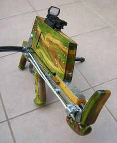 Ismétlő nyilpisztoly. Repeating crossbow