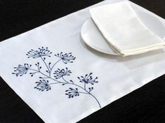 White Linen Placemats with Ixora flower embroidery in Navy Blue. The placemat made from 2 layer white linen fabric and measures 14 x This listing is for 4 pieces placemats without napkin. More placemats and table runners are available here Paper Embroidery, Japanese Embroidery, Floral Embroidery, Embroidery Stitches, Embroidery Patterns, Machine Embroidery, Embroidery Scissors, Interfacing Fabric, Summer Table Decorations