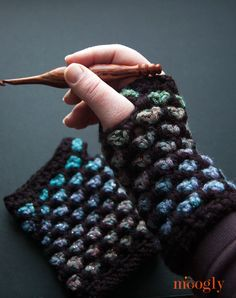 Moroccan Midnight Fingerless Mitts - free #crochet pattern on Moogly! Be sure to check out the matching hat and cowl!