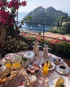 Morning Coffee in Italy European Summer, Italian Summer, Travel Aesthetic, Travel Goals, Holiday Destinations, Luxury Travel, Dream Vacations, Travel Inspiration, Places To Go
