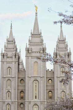 Salt Lake Temple, Salt Lake City, Utah, Church of Jesus Christ of Latter-Day Saints Lds Temple Pictures, Lds Pictures, Church Pictures, Wall Pictures, Mormon Temples, Lds Temples, Helsinki, Slc Temple, Salt Lake Temple