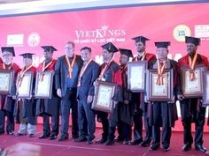 Record holders receive honorary doctorate degrees (Source: VNA)