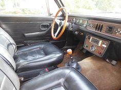 Volvo 142 interior