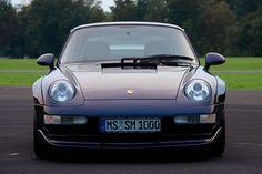 The 1995 Porsche 911. Art.