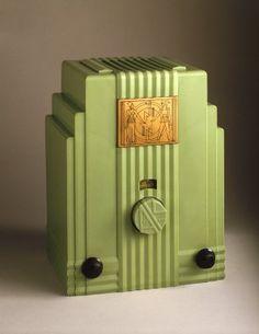 John Gordon Rideout (American, 1898-1951). Radio, 1930-1933. Plaskon (plastic), metal, glass