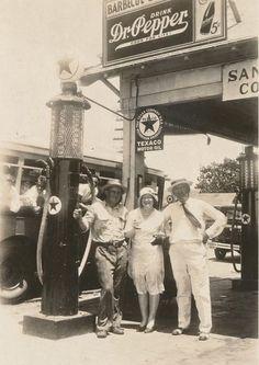 Dallas Service Station 1930's - Traces of Texa