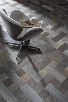 Elle Decor Advert - Broderie in Gainsboro by Rhodium Floors