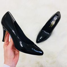 🔥 Newport News Black Rounded Point Toe Heels New Shoes, Shoes Heels, Newport News, Pointed Toe Heels, Leather High Heels, Kitten Heels, Color Black, Minimal, How To Wear