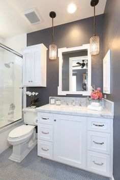 Bathroom renovation ideas / bar - Find and save ideas about bathroom design Ideas on 65 Most Popular Small Bathroom Remodel Ideas on a Budget in 2018 This beautiful look was created with cool colors, marble tile and a change of layout. Beautiful Small Bathrooms, Small Elegant Bathroom, Glamorous Bathroom, Bathroom Renos, Bathroom Remodelling, Budget Bathroom, Bathroom Storage, Bathroom Vanities, Toilet Storage