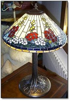 Lamp Options For The Living Room Stained Glass Lamp Shades, Stained Glass Light, Stained Glass Designs, Stained Glass Projects, Stained Glass Patterns, Victorian Stained Glass Panels, Fan Lamp, Glass Candle Holders, Vintage Lamps