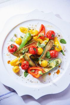 Warmer Sommersalat mit Gemüse | http://eatsmarter.de/rezepte/warmer-sommersalat-mit-gemuese