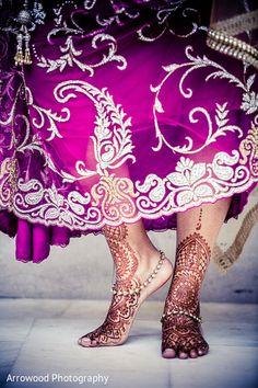 Getting Ready http://maharaniweddings.com/gallery/photo/29142 @taraarrowood
