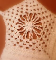 top crochet Beanie, Crochet, Hats, Fashion, Women, Moda, Hat, Fashion Styles, Ganchillo