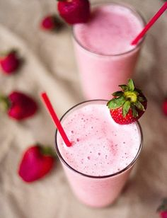 Delicious Strawberry Protein Shake ready in 10 min perfect for grab n go mornings   asweetpeachef.com