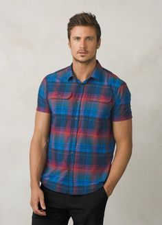 The prAna Cayman Plaid Short Sleeve is made from 100% plaid nylon. The button down features double chest pockets with button flaps, and UPF 50+.