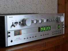 "1,734 Likes, 13 Comments - Vintage Audio Love (@vintageaudiolove) on Instagram: ""Good Morning !!! . Philips 22AH798 . . . #VintageAudio #Audio #Vintage #turntable #phono #vinyl…"""