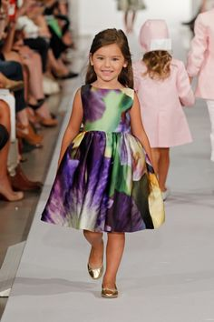 Oscar de la Renta Spring 2013 Childrenswear collection