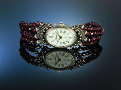 Die Uhr zur Tracht! Armbanduhr Granate Silber 835 Quarz Werk, traditional bavarian garnet bracelet watch, traditioneller Trachtenschmuck bei Die Halsbandaffaire