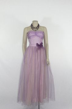 Strapless Vintage Prom Party Dress by VintageFrocksOfFancy Vintage Party Dresses, Vintage Prom, 50s Dresses, Prom Party Dresses, Formal Dresses, Long Gown For Wedding, Wedding Gowns, Party Frocks, Pink Tulle