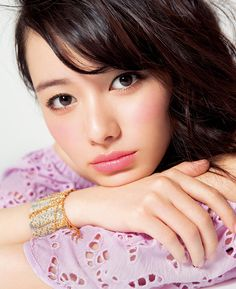 VOCE 2016年8月号 森絵梨佳 色気とスパイスとピュアさは モテ女子の3カ条 Japanese Makeup, Japanese Beauty, Asian Beauty, Female Character Inspiration, Asian Makeup, Beauty Portrait, Beauty Shots, Cute Faces, Woman Face