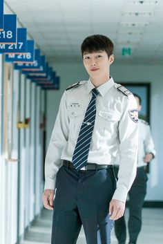 Jang Ki-yong is Chae Do-Jin in the Korean drama (Kdrama) Come and Hug Me. The live recap is on Drama Milk Korean Male Actors, Asian Actors, Korean Celebrities, Korean Star, Korean Men, Asian Boys, Asian Men, Army Look, Best Dramas