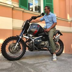 Look at just a few of my most desired builds - specialized scrambler ideas like Bike Bmw, Cafe Racer Motorcycle, Bmw Motorcycles, Custom Motorcycles, Custom Bikes, Brat Bike, Cafe Racer Girl, Bmw Cafe Racer, Cafe Racers