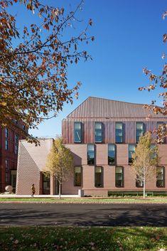 Tozzer Anthropology Building, Harvard. Kennedy & Violich Architecture. Photo © John Horner.