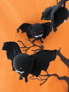 Halloween Bat | Yarn | Free Knitting Patterns | Crochet Patterns | Yarnspirations.  FREE PDF 8/14.