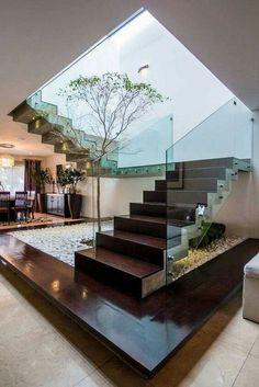#escalera #jardinera #vidrio #madera #piedras