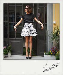 gonns, top, seta, silk, nero, black, skirt, bianco, fantasia, lino, lin, milano, lunatica, femminile, girl, Ladies Clothing, abbigliamento