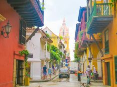 Cartegena's colourful Old Town