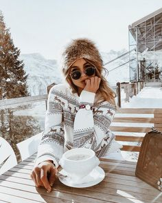 23 Fantastic Winter Trends Ideas To Try Right Now photography 23 Fantastic Winter Outfit Ideas To Try Right Now Winter Trends, Winter Photography, Photography Poses, Ski Fashion, Winter Fashion, Dress Fashion, Fashion Tag, Christmas Fashion, Winter Dresses