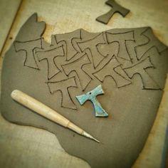 Shaping of my #beautiful #raku #tau #cross