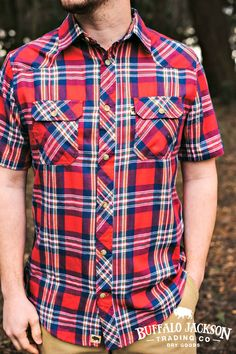 Our men's casual and dress shirts are perfect for any guy's style. Like this Durango Shirt in Red Falls variation! Made to keep you stylish and comfortable, this short sleeve button up shirt will carry you right through fall into spring. Outfit yourself in fashion for the rugged gentleman. Browse our collection for more options! Teen Boy Fashion, Summer Fashion For Teens, Mens Fashion, Casual Professional, Mens Flannel Shirt, Outdoor Apparel, Cut Shirts, Dress Shirts, Fishing Shirts