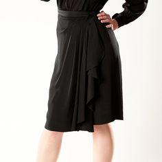 Vintage 1940s Rayon Crepe Skirt #vintage #skirt #holidayfashions #1940s #rayon @Etsy