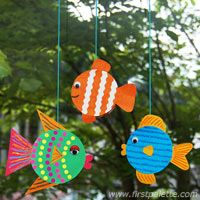 Jar Lid Fishes craft can hang, or put on pops.sticks as puppets or put coins inside w cardbk bakc as shakers