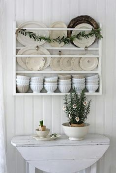 Cool 9 Brilliant Farmhouse Dish Rack Design Ideas You Must Try The kitchen is arguably one of the rooms in the house that is full of busyness every day. A mother spends most of her time in the kitchen cooking deli. Farmhouse Dish Racks, Farmhouse Decor, Dish Display, Plate Display, The Design Files, Design Blog, Design Ideas, Shabby Chic Round Table, Cosy Living