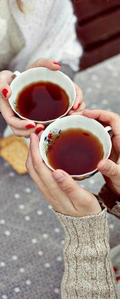 Chá sem açúcar - possui componentes antioxidantes e aumenta o fluxo sanguíneo em todo o corpo, gerando maior potência sexual e mental.