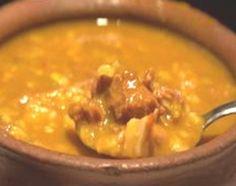 El locro (del quechua ruqru o luqru) es un guiso a base de zapallo, porotos, maíz o papas que se consume en la zona de la cordillera de los Andes, desde Argentina, el norte de Chile y hasta el sur de Colombia, pasando por Bolivia, Ecuador, Paraguay y Perú.