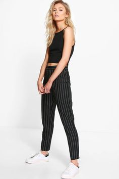 Buy Boohoo Petite Kate Stripe Tapered Trousers from the Next UK online shop Plus Size Alternative Clothing, Jean Dress Outfits, Estilo Tomboy, Checked Trousers, Peg Trousers, Boohoo Petite, Petite Pants, Tapered Trousers, Basic Outfits