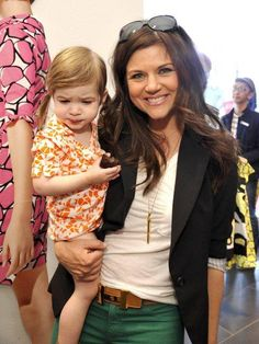 Kelly Kapowksi (AKA Tiffani Amber Thiessen) wearing the Stella and Dot Rebel Pendant Necklace!