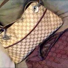 100%Authentic Gucci Bag(reduced$ was$780) Gucci bag with pouch (In good condition ) Gucci Bags